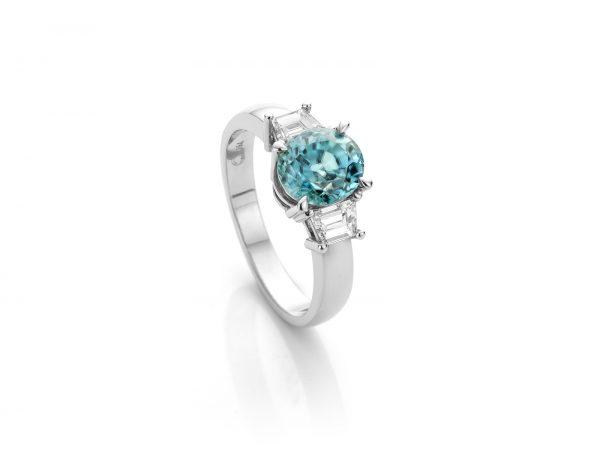 18 karaat witgouden ring met blauwe zirkoon stunning blue cober