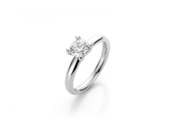 verlovingsring witgoud met grote diamant vintage believes cober