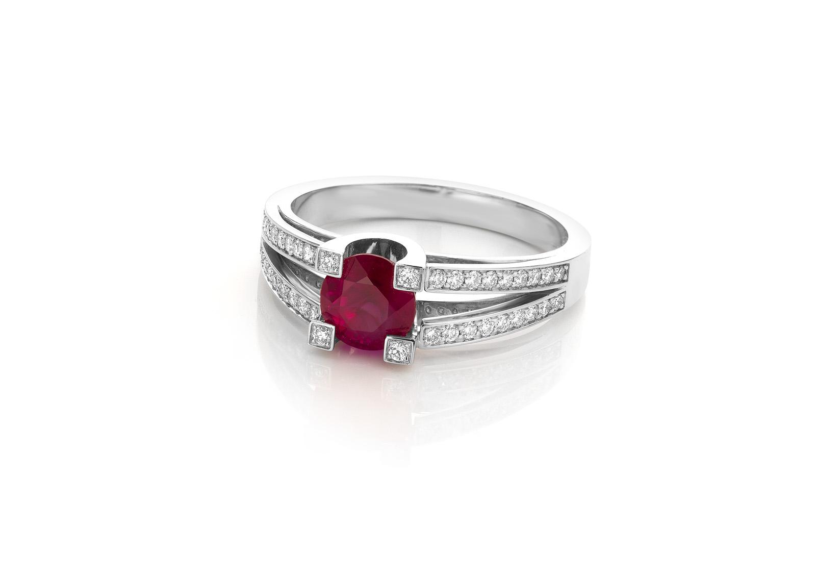 witgouden ring met robjin en diamanten pigeon blood cober (2)